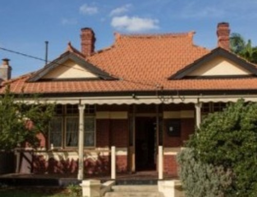 Anzac Cottage – built in a day